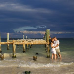 engagement photo studio cancun