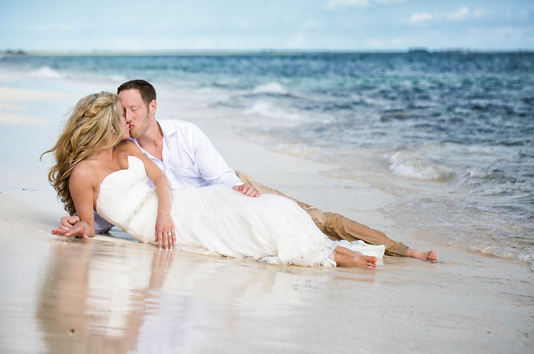 seasons photo studio trash the dress cancun beach