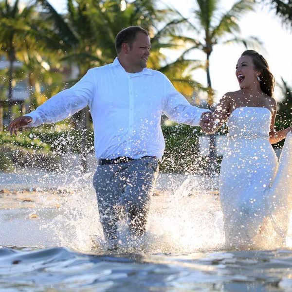 trash the dress in riviera maya beach wedding photography