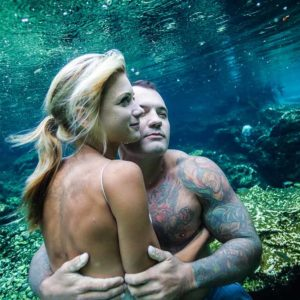 underwater trash the dress session in cenotes mayan riviera