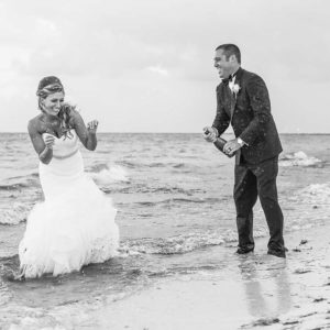 wedding photography trash the dress in punta cana beach